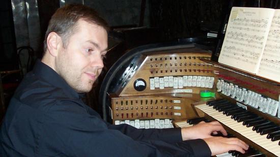 Erich Türk koncertezik a Piarista templomban