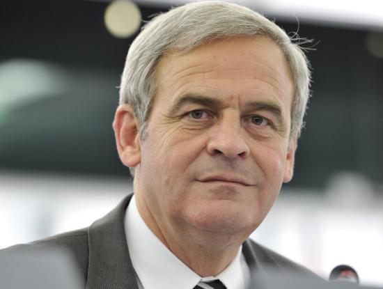 Tőkés: újrateremtődött a magyar egypártrendszer Romániában
