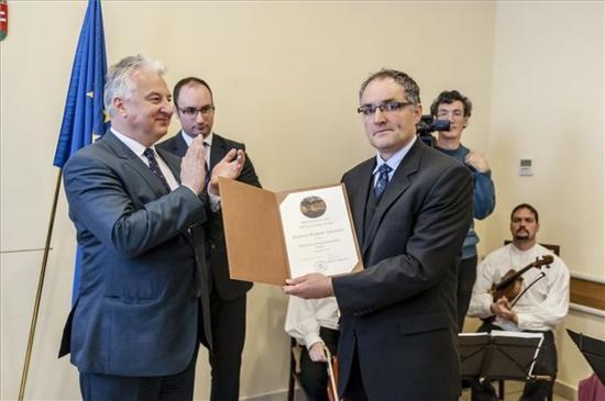 Semjén: Magyarország kiáll az ártatlanul üldözött magyar közösségi vezetők mellett
