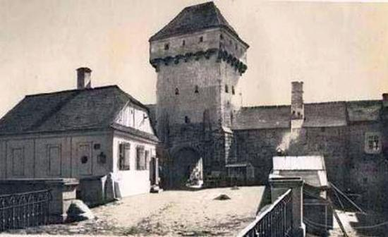 A középkori Kolozsvár a régészet tükrében