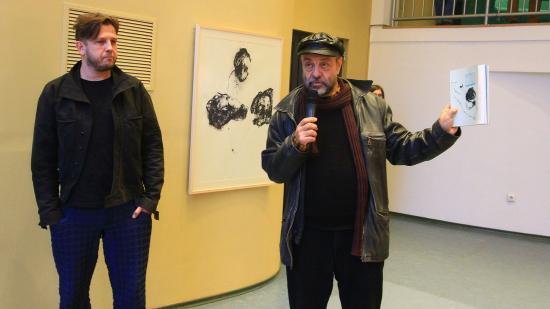 Részegh Botond kiállítása a színház stúdiójában