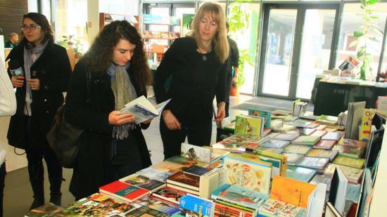 Adventi könyvvásár az Idea Könyvtérrel
