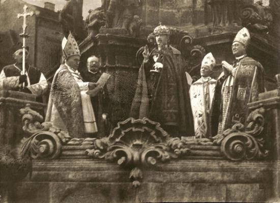 Az utolsó magyar királyt 100 éve koronázták meg