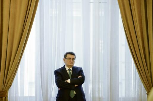 Ciorbea óvást emelt a Dragnea kormányfői kinevezését ellehetetlenítő törvény ellen (Frissítve)