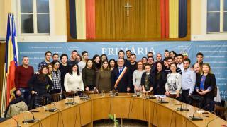 Kilenc ország fiataljai ismerkednek Kolozsvárral