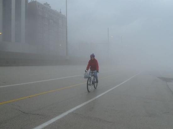 Öt megyében köd miatt, öt megyében pedig ónos eső miatt adtak ki sárga riasztást