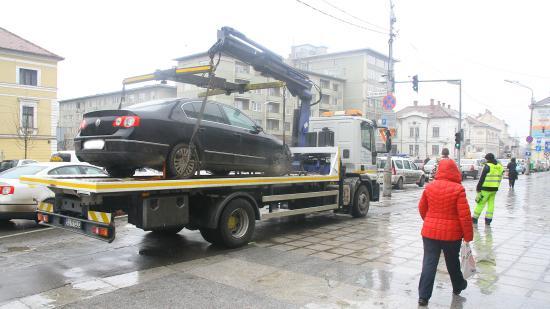 Elkezdődött a szélmalomharc a kolozsvári utcák felszabadításáért