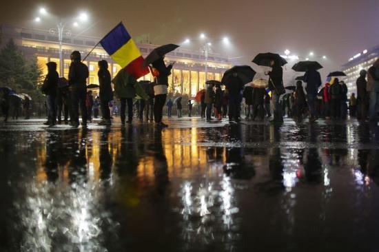 Huszadik nap: még kitartottak a tüntetők több nagyvárosban