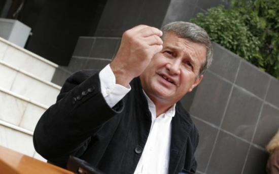 Kihallgatta a legfőbb ügyészség Mircea Dinescut a forradalom ügyében