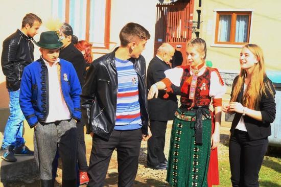 Nemzeti ünnepünkre készültek a kalotaszentkirályi diákok