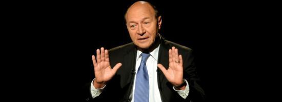 Băsescu: nem lesz béke, amíg nem oldják fel a DNA-SRI megállapodások titkosítását