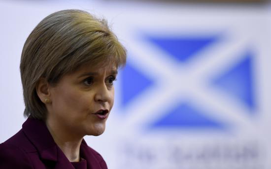 Nicola Sturgeon: lesz újabb referendum Skócia függetlenségéről
