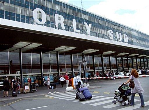 Továbbra sem világosak az Orly repülőtéren lelőtt férfi indítékai