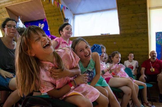 Yuppi Tábor: várják az önkénteseket