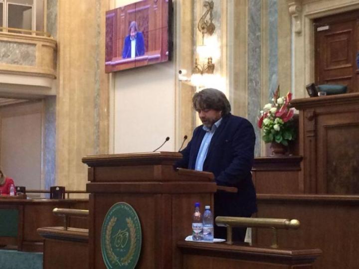 """Goțiu: Ionuț Țene """"szabadidejében"""" folytatott gyalázkodásai Boc-ra és a tanácsra is rossz fényt vetnek"""