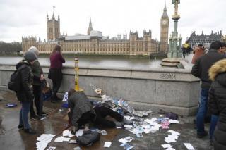 Öt halottja és legalább húsz sérültje van a londoni támadásnak - köztük romániaiak is