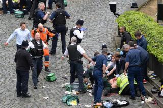 Theresa May: brit volt a merénylő, és az elhárítás ismerte