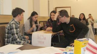 Középiskolás Pörgettyűt szerveztek Szamosújváron
