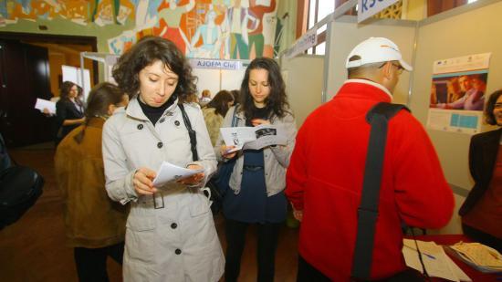 Migránsokkal és régióbeliekkel pótolja Kolozsvár a munkaerőt