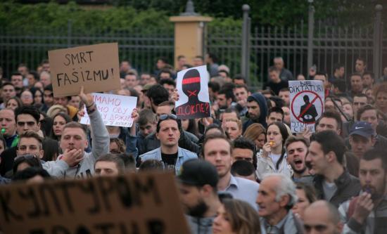 Szerb elnökválasztás – vasárnapra újabb tüntetést jelentettek be Aleksandar Vucic elleni