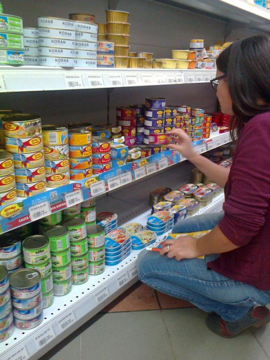 Románia öt nyugat-európai országtól kért engedélyt, hogy mintát vegyen ottani élelmiszerekből