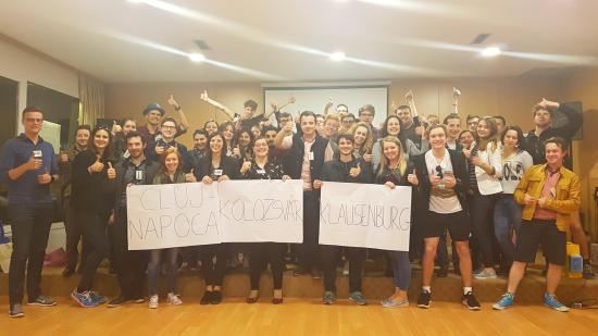 Üdvözli a YEN a háromnyelvű kolozsvári helységnévtáblákat
