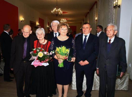 Magyar állami kitüntetéseket adott át Mile Lajos főkonzul