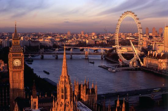 Tucatnyi sérült egy londoni szórakozóhelyen savas támadás miatt