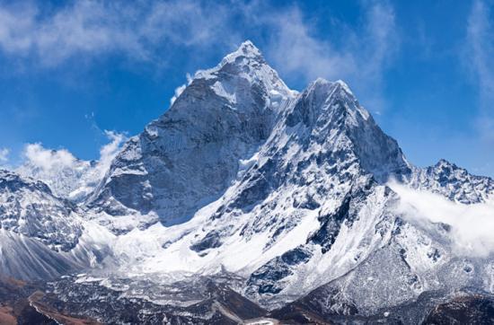 Újabb Himalája-expedícióra indult Török Zsolt és Vlad Căpuşan hegymászó