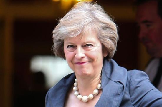 Megszavazta a brit parlament az előrehozott választásokat