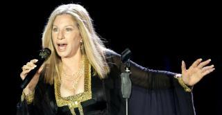 Önéletrajzát hosszú ideje írja – 75 éves Barbra Streisand