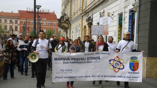 Kutatók vonultak utcára Kolozsváron