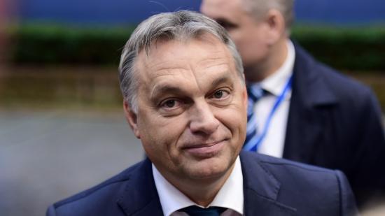 Az Európai Parlament a hetes cikk szerinti eljárás előkészítését kéri Magyarországgal szemben