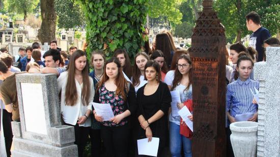 Felújították Szenczi Molnár Albert házsongárdi sírját