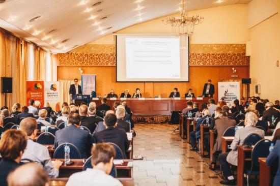 A kelet-európai kisebbségekkel szembeni jogtiprásokra fókuszált a FUEN Kongresszus közgyűlése