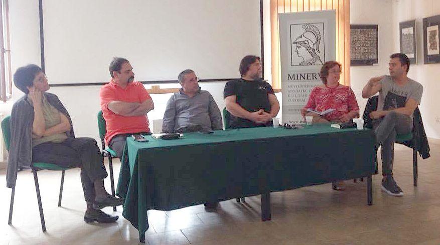 Konferencia a felhasználók és a hagyományos média viszonyáról