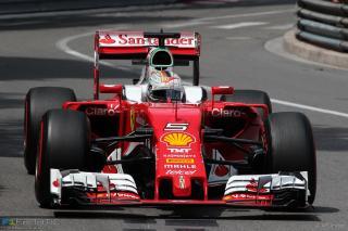 Vettel idénybeli harmadik sikere