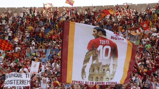 Bajnokságról bajnokságra, kupáról kupára: Totti örömünnep a Serie A-ban