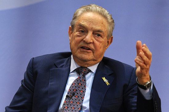 Soros György: Európának kötelessége befogadni a migránsokat