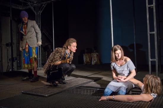 Négy díjat kapott Kisvárdán a sepsiszentgyörgyi színház Liliom című előadása