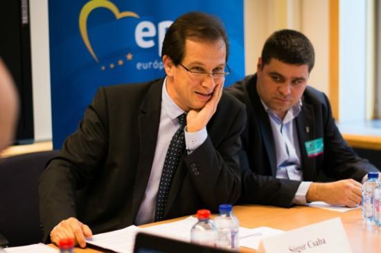 A romániai magyarellenes hangulatkeltésről számolt be Sógor Csaba az EP-ben