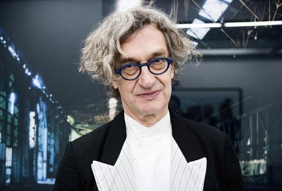 Wim Wenders kapja a Helena Vaz da Silva Európai Díjat