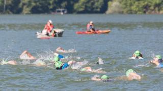 Tizenegyedszer ússzák át a Tarnicai-gyűjtőtavat