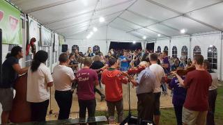 Magyarlapádon megőrizték a régi erdélyi tánctáborok zamatát