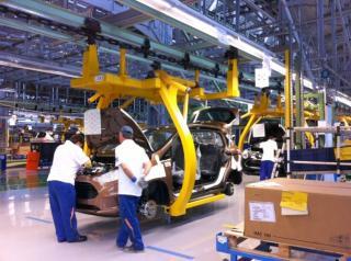Az amerikai Ford további 700 dolgozót alkalmaz a krajovai gyárba
