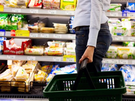 """Juncker """"elfogadhatatlannak"""" tartja az élelmiszerek kettős mércéjét"""