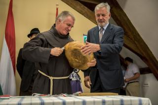 Böjte Csaba: a világot az igenek, a bizalom és a hit viszi előre