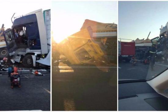 Két kamion ütközött az autópályán, mindkét sofőr meghalt