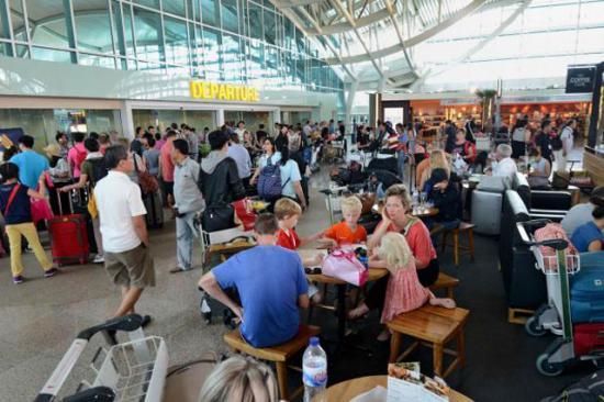 Harmincöt romániai turista rekedt Lisszabonban