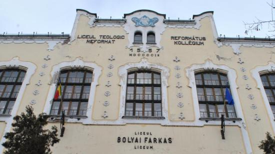 Ideiglenesen a Bolyai Farkas Gimnázium ernyője alá sorolták a Római Katolikus Gimnázium osztályait (Frissítve)